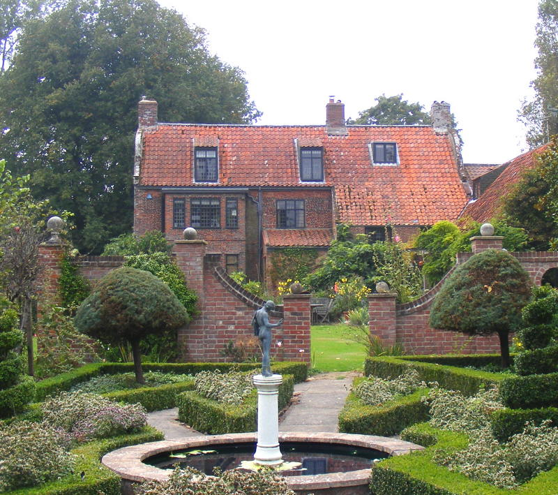 The Dutch House from the garden